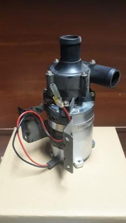 Помпа котла подогрева, насос отопления, насос вебасто на автобусы киа, хундай саненг (KIA, Hyundai, SsangYong) диаметр патрубка 28 мм